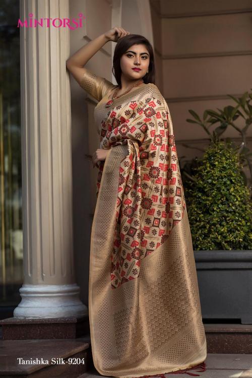 Varsiddhi Fashion Mintorsi 9204  Price - 3000